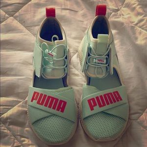 LIMITED EDITION BLUE RIHANNA FENTY PUMAS